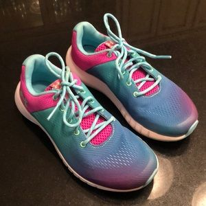 Girls Under Armour shoes-Size 3